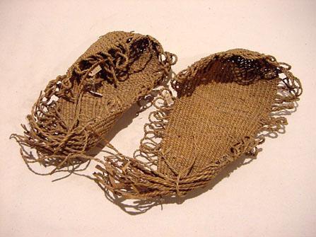 Tule sandals